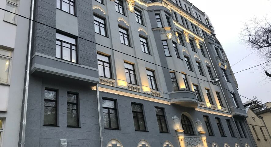 Клубная резиденция «Дом на Хлебном» изображение 0